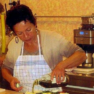 Kochkurs-Leiterin Renate Prosser