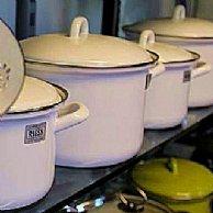 RIESS Emailgeschirr und Kochbesteck