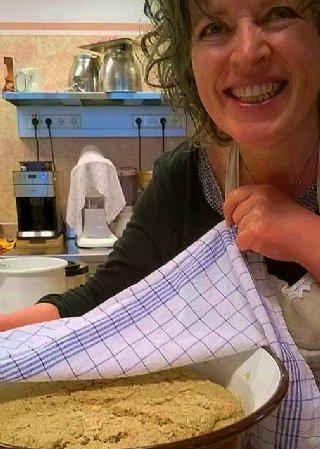 Vollwert-Brotbackkurs in der Köchlerei